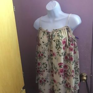 Used  blouse floral purple snow s